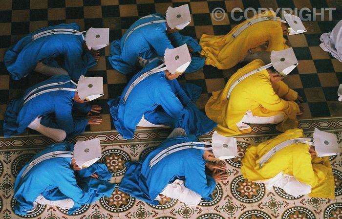 Followers - Cao Dai Temple, Tay Ninh
