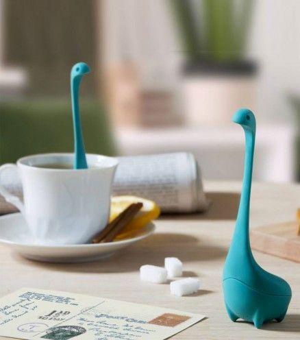 Achetez l'infuseur à thé baby Nessie sur lavantgardiste et dégustez un délicieux thé plein de saveurs.