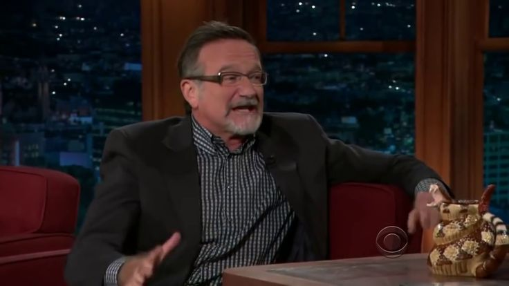 "Robin Williams ""Donald Trump's Hair Is Another Creature"" on Craig Ferguson - YouTube"