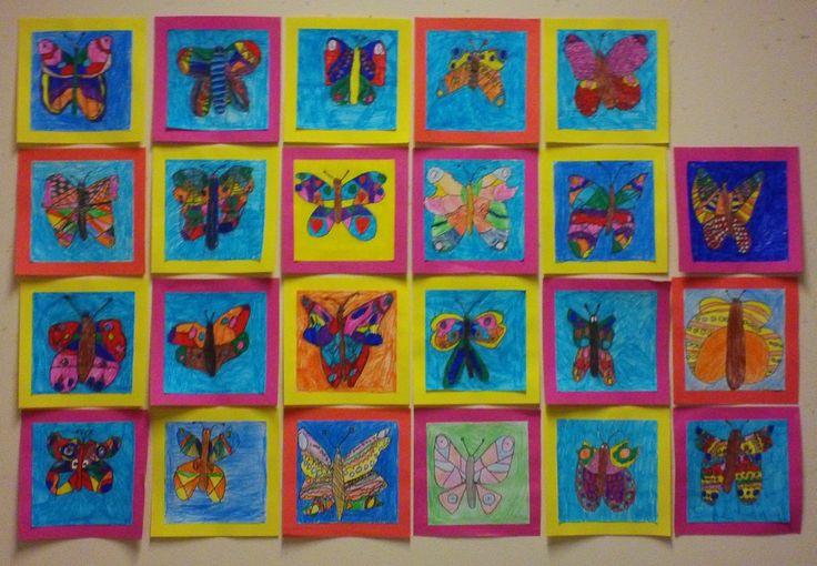 Vlinder. Viltstift op papier: teken een vlinder, de vleugels zijn gespiegeld getekend. Groep 3/4, mei 2014