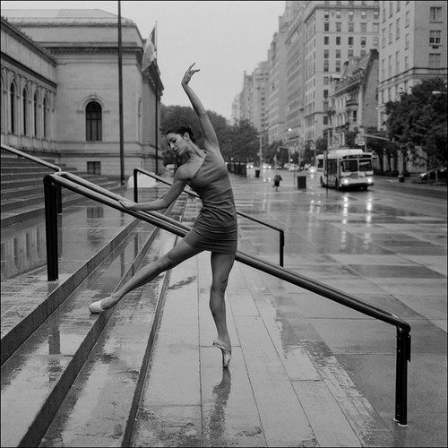 NYC. Ballet in front of New York Public Library. // Ballerina Project via weheartit.com @ Diana Ojeda