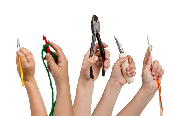 Handicrafts Club -building manual and problem solving skills