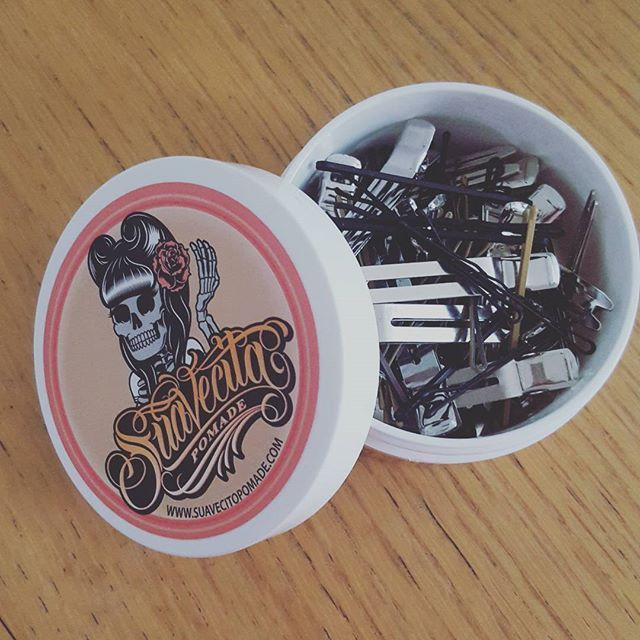Don't know what to do with that empty can laying around? Store your pin curl clips or bobby pins to stay organized like @hepkittenretro did! #Suavecitapomade #Suavecita #Pomade #Recycle #Reuse #Gogreen #Emptycan #Can #Jar #Storage #Pincurlclips #Bobbypins #Clips #Pins #Organize #Store #Cute #Hair #Tools #Hairstyle #Style #Getitrucca