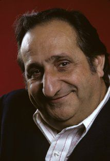 Al Molinaro (hard to believe he's still alive and in his 90's). great great face