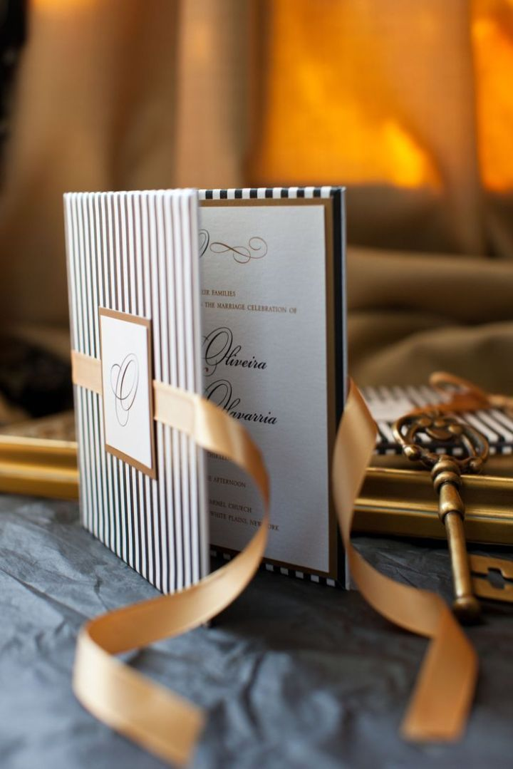 Modern Wedding Invitation Idea with pocket fold from Laura Damiano Designs; Photographer: Aida Krgin Photography