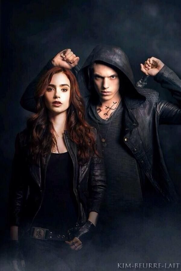 I'm clarissa fray morgenstern I am a shadowhunter. Weapon of choice stele. I'm in love with Jace and I saved him from the heavenly fire and I stopped a war. Divergent, gryffindor, vampire, angel.