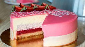 Муссовый клубничный торт | Mousse Strawberry Cake - YouTube Mirror glaze