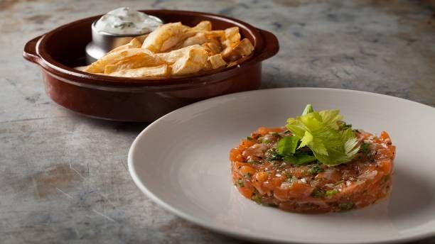 Recettes - Signé M - TVA - Tartare de saumon, frites de céleri-rave