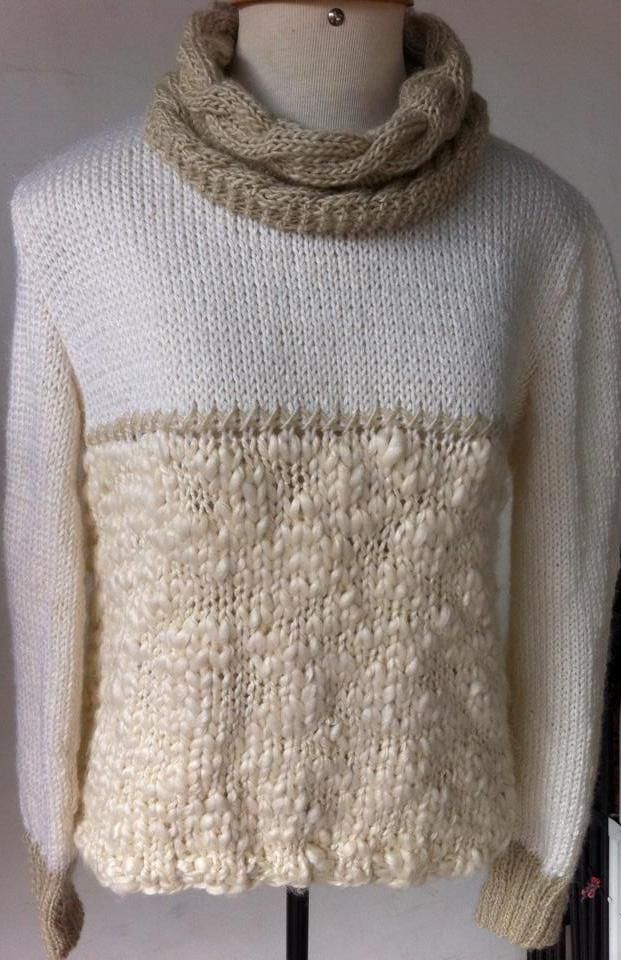 Blusa de tricô com mistura de fios. Gola e punhos com a lã Safira da Pingouim, mangas e peito com a lã Lolita da Coats e corpo com a lã Fashionist da Aslan.