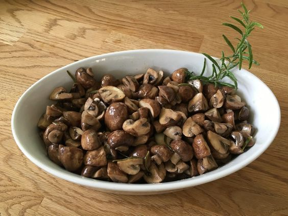 Antipasti - marinierte Champignons, ein sehr schönes Rezept aus der Kategorie Pilze. Bewertungen: 420. Durchschnitt: Ø 4,4.