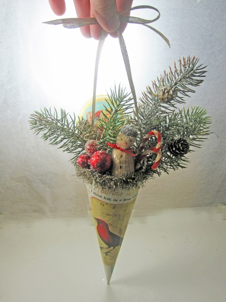 Christmas Cone Hanging Holiday Decoration Vintage Inspired