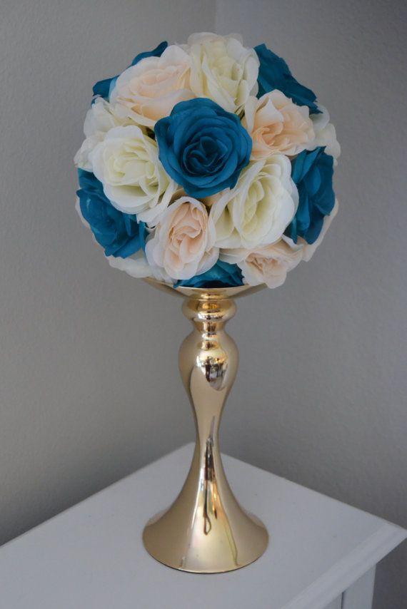 BLUSH marfil y verde azulado mezclado bola de flores. Centro