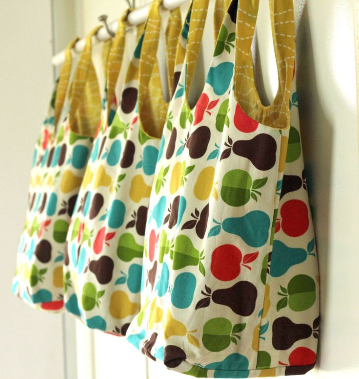 Quick & Cool Grocery Totes by Gingercake from the book Sewing To Sell by Virginia Lindsay