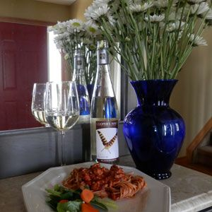 April 27, 2014 - Cooper's Hawk Vineyards 2013 Touché with Spicy Ground Turkey Spaghetti. Week night bliss! - See more at: http://www.essexcountywineries.ca/wines/2014/20140427.htm#sthash.YAuPRXut.dpuf