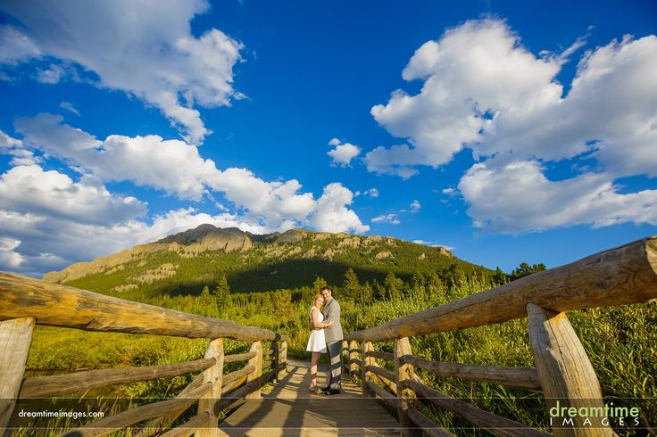 An elopement below the Twin Sisters in Estes Park