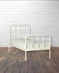 HAPPY CAMPER SINGLE BED