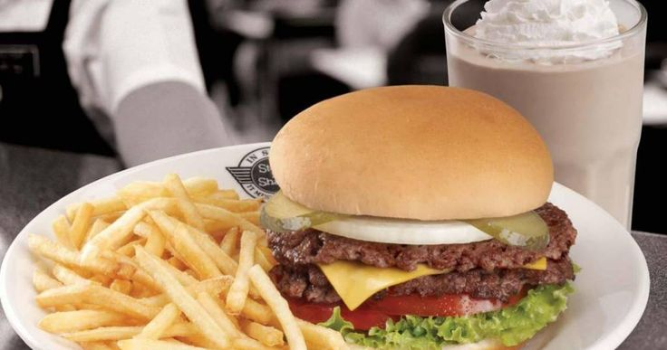 Steak 'n Shake recipes - the easy way to prepare the best dishes from the Steak 'n Shake menu. These are copycat recipes, not necessarily made the same way as they are prepared at Steak 'n Shake, but closely modeled on the flavors and textures of Steak 'n Shake's popular food, so you can bring thes...