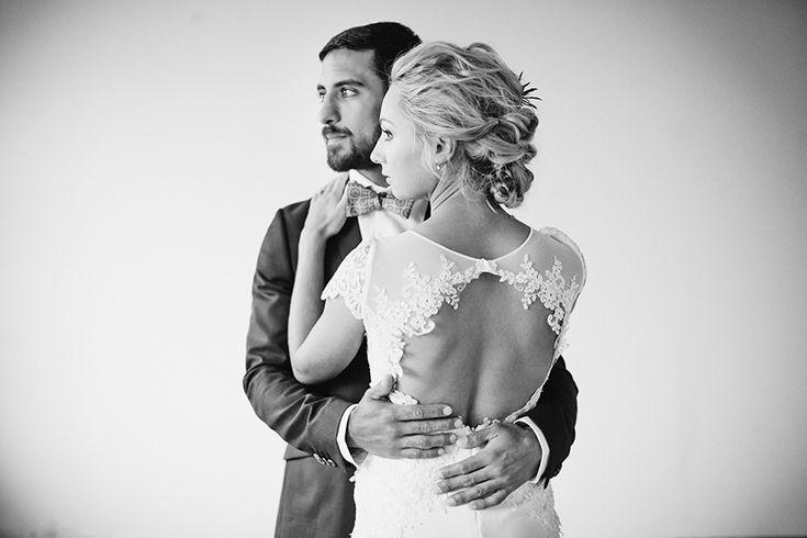 Photo by: dayfotografi.se Bröllop, bröllopsfotograf, wedding, weddingphotographer, Zetterberg, viel, lace, slöja, spets, brudklänning, destination wedding, Zetterberg couture