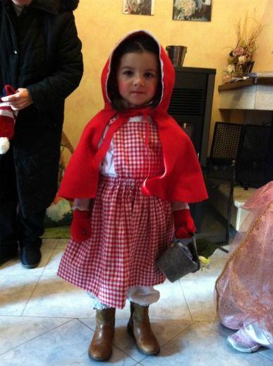 Costume Cappuccetto Rosso  Autrice: Cristiana