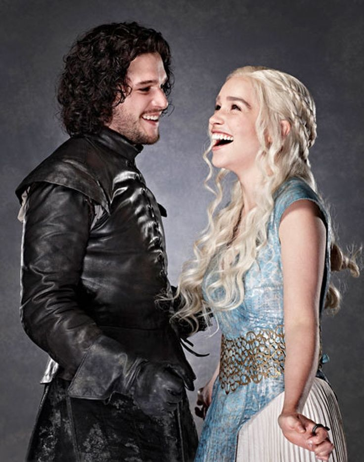 My two favorite character from Game of Thrones!!! Jon Snow and Denereys!!❤