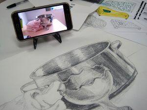 Móvil para dibujar mejor. Arte Casellas. Clases. Peparación. Presencial y online. Estudios Superiores. Grados Supeiores. Diseño 2