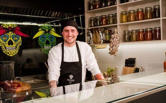 GRINGO BAR - Nowy tex-mex bar pojawił się w środę przy Odolańskiej, na Mokotowie. Bar oferuje kuchnię tex-mex w różnych konfiguracjach, także z polskimi ...