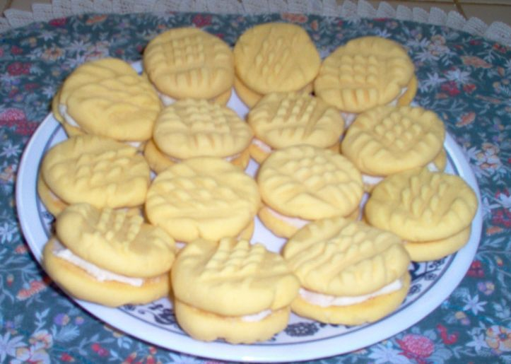 Custard Cream Cookies Recipe - Genius Kitchen