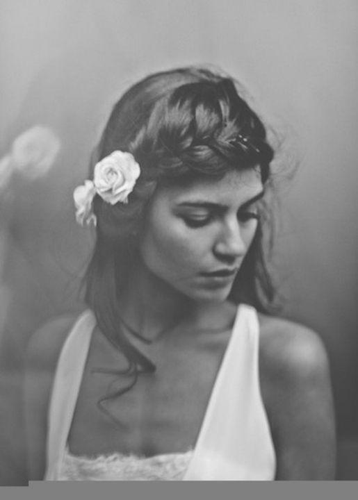 bride hair #TheLANEWeddings  #DelphineManivet