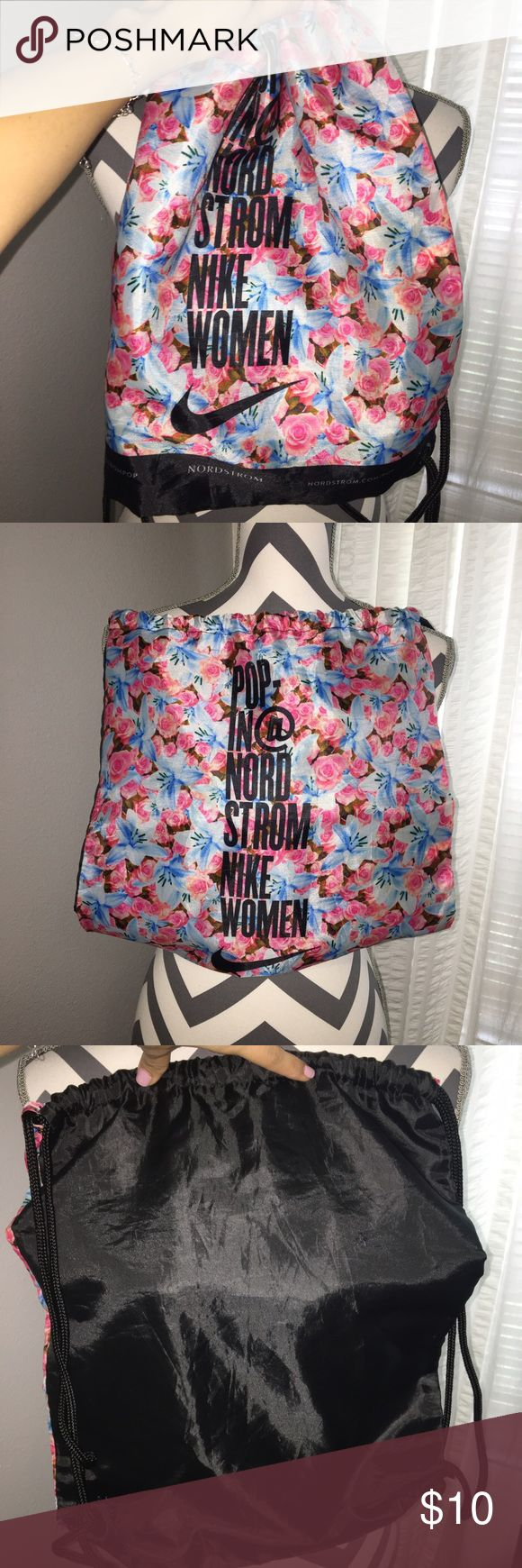 Nordstrom Nike Floral Drawstring Gym Bag Very cute light gym bag. In excellent condition. No stains, rips, or tears. From smoke free home Nike Bags