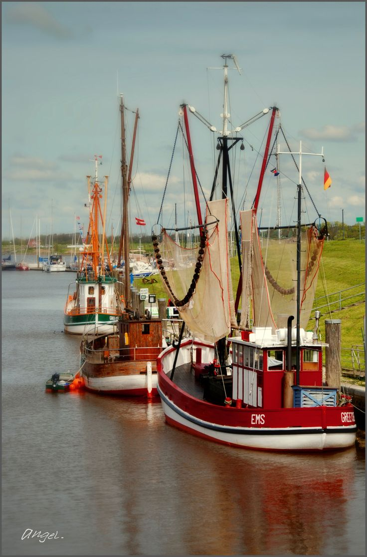 Crab fishing boat in the North Sea - Krabbenkutter an der Nordsee