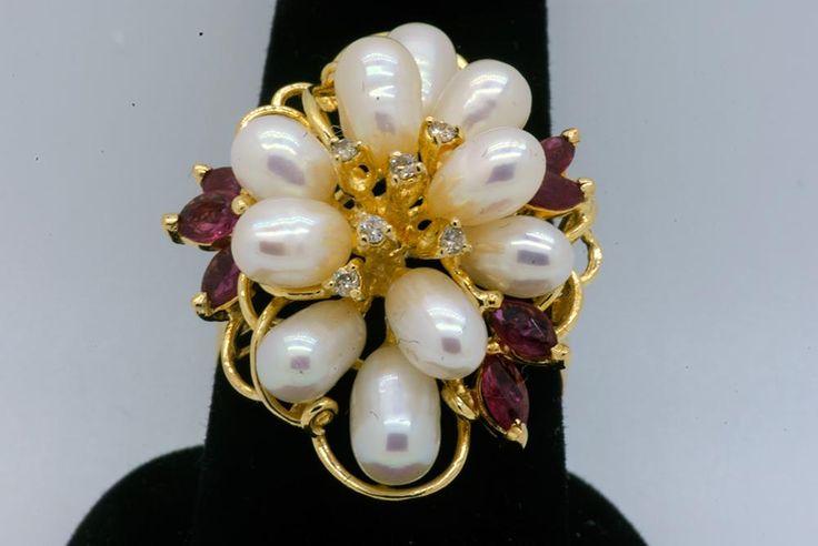 Pearl, ruby and diamonds ring in gold, Italy. Итальянское золотое кольцо 585 с жемчугом, природными рубинами и бриллиантами
