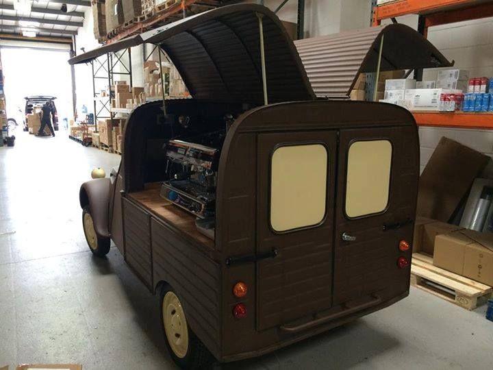 2cv fourgonnette 2cv fourgonnette pinterest 2cv voitures anciennes et voitures. Black Bedroom Furniture Sets. Home Design Ideas