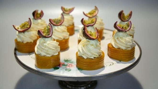 Mango banaan passievrucht bbroom en botercreme - Rudolph's Bakery | 24Kitchen