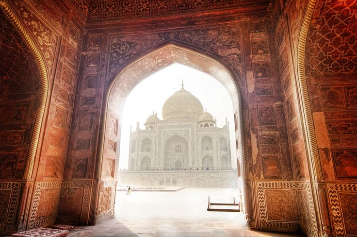 I once gave a talk in Austin (one at UT and one at ACC) about photography, this technique, and various other meandering topics on the brain and perception that I hope did not bore the crowd! This is one of the photos that we worked on during the class, so I thought I would upload to share with everyone!  - The Taj, India   - Photo from #treyratcliff Trey Ratcliff at http://www.StuckInCustoms.com