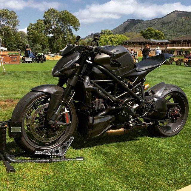 Hammer Beast Motorcycles ! By: @hammerbeastmotorcycles #ducatistagram #ducati…