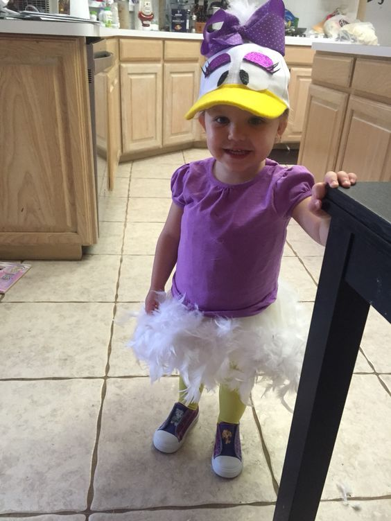 DIY Daisy Duck Toddler Halloween Costume Idea