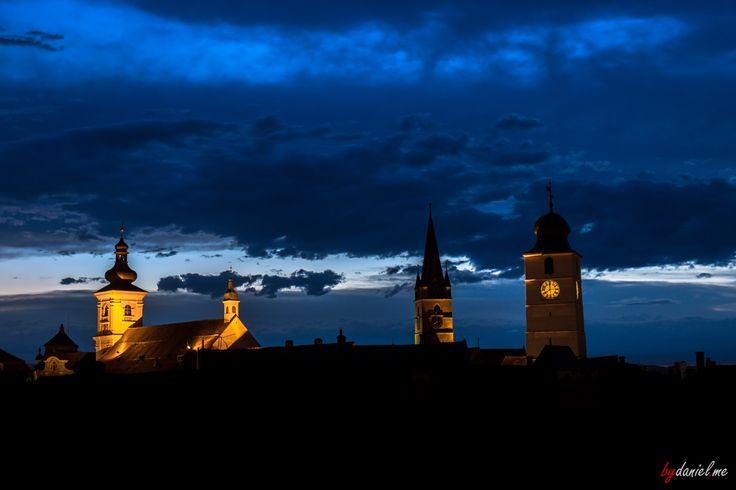 Blue night over #Sibiu, #Transylvania. #Romania #fromromania #bluehour #tours #travel #toursofromania #phototours