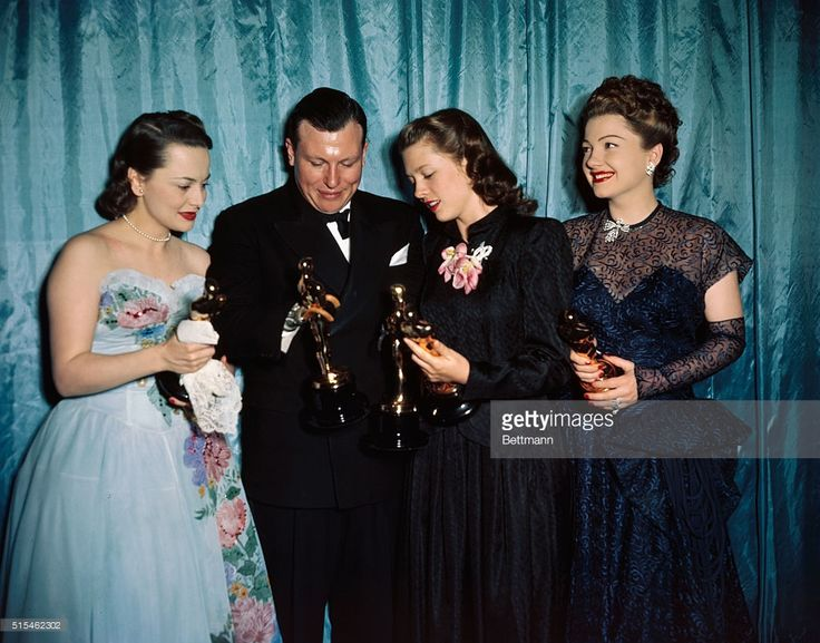 Olivia De Haviland, Harold Russell, Cathy O'Donnell and Ann Baxter are shown at the Academy Awards.