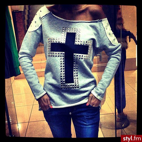 I want this sweater<3<3