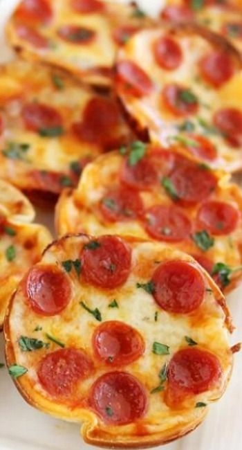 1000+ images about MINI TORTILLA PIZZAS on Pinterest ...