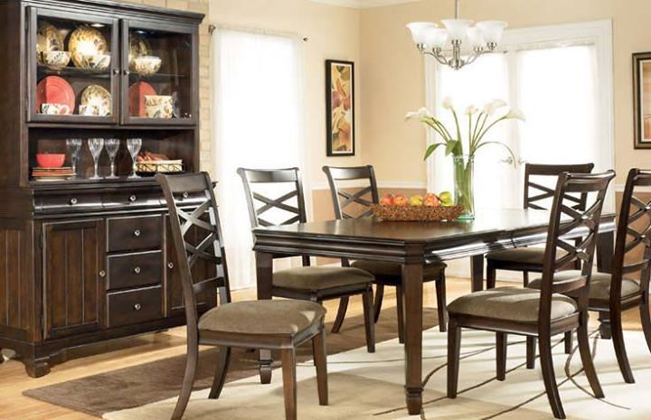 Customize your #diningroom with vcues #diningtable in affordable prices. #Buy now: http://www.vcues.com/