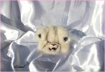 The House of Mink Teddy Bear/ oso de visón blanco reciclado
