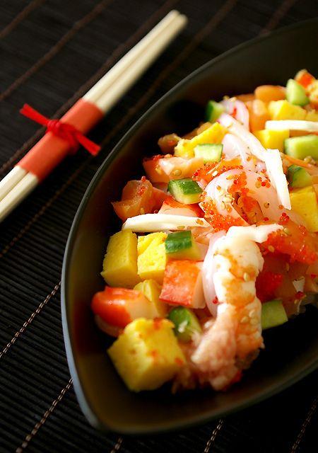Japanese food -chirashi suhi-