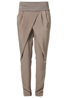 I Like these!! ❤️Anna Field Trousers - beige - Zalando.co.uk