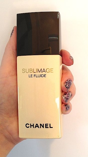 Review, Swatches: Chanel Sublimage Collection - Le Fluide Ultimate Skin Regeneration | BeautyStat.com