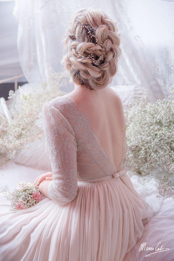 Collection Melle rêve 2017 #coiffuremariée #maquillagemariée #chignon #updo #makeup #bridemakeup #bridehair #coiffeurmariage #coiffuremariage