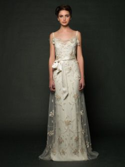 """theantibridezilla: """" Destination Style! Sarah Janks - Daisy Retro brides will love this Great Gatsby inspired gown which features a sheath with a lace overlay complete with floral appliques. Courtesy of: Sarah Janks """""""