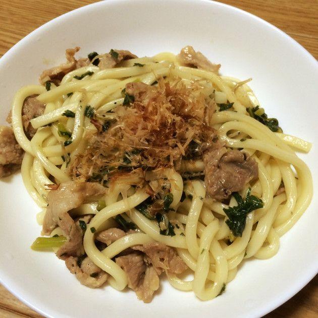 めんつゆで超簡単!高菜と豚肉の焼うどん