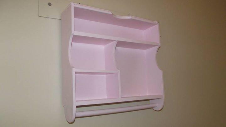 Nicho artesanal feito com gaveta reciclada - rosa