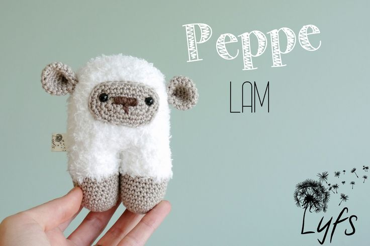 Crochet sheep - Lyfs by Audrey